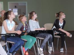 Zdjęcie młodych uczestników spotkania
